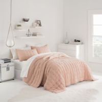 UGG® Sunwashed Full/Queen Quilt Set in Quartz