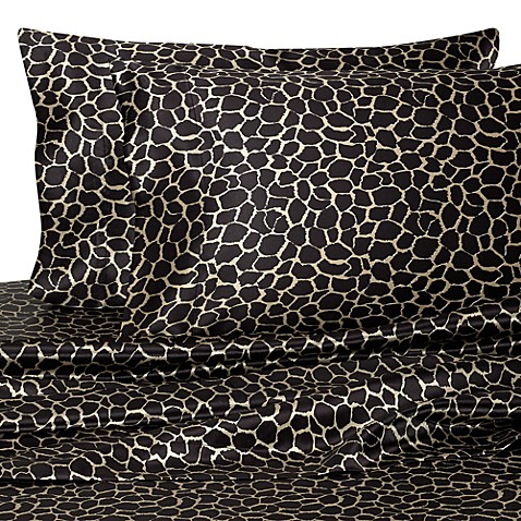 Hotel Satin Luxury Queen Sheet Set in Giraffe