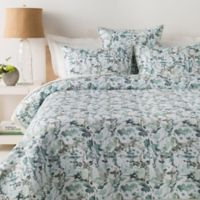 Surya Naida King/California King Duvet Cover Set in Blue/White