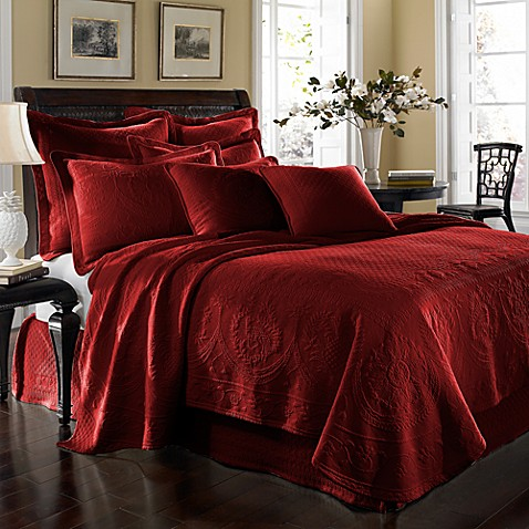 King Charles Matelasse Twin Bedskirt in Scarlet