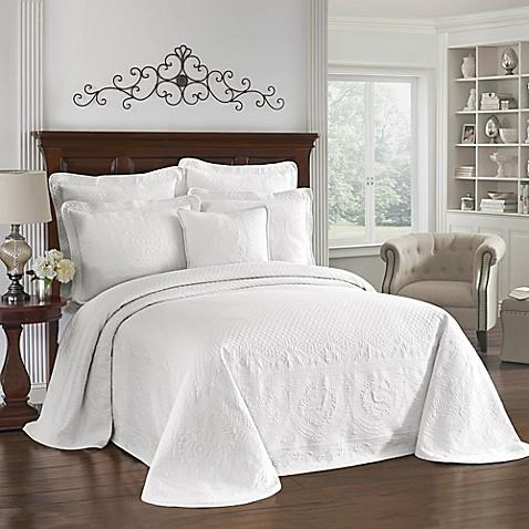 King Charles Matelasse Bedspread In White