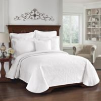 Historic Charleston Collection Matelasse Queen Coverlet in White