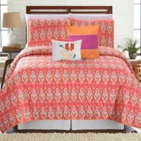 Vendom Printed Reversible King Quilt Set in Pink
