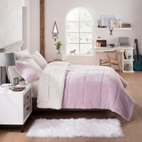 UGG® Clifton 2-Piece Reversible Twin Comforter Set in Lavender