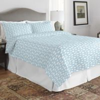 Pointehaven Clouds Full/Queen Quilt Set in Teal/White