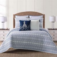 Oceanfront Resort Reef King Quilt Set in White/Blue