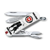 Victorinox Swiss Army Classic SD Alps Love Limited Edition 7-Function Knife