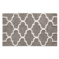 "2-Tone Geometric 50"" x 30"" Bath Mat in Grey/White"