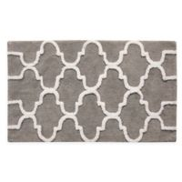 "2-Tone Geometric 36"" x 24"" Bath Mat in Grey/White"
