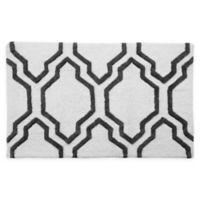 "2-Tone Quatrefoil 34"" x 21"" Bath Mat in White/Grey"