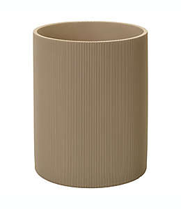 Bote de basura de vidrio Studio 3B™ acanalado color beige