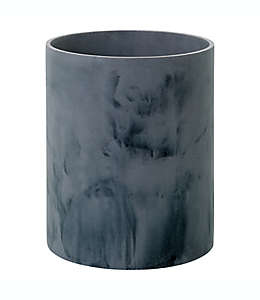 Bote de basura de resina Studio 3B™ Faux Marble color negro