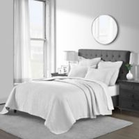 Emerson Matelassé Full/Queen Coverlet Set in White