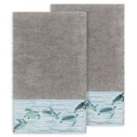 Linum Home Textiles Mia Sea Turtle Bath Towels in Dark Grey (Set of 2)