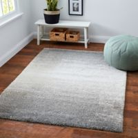 Moonlight Ombre 6'6 x 9' Area Rug in Grey