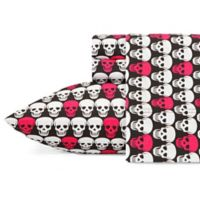 Betsey Johnson® Skulls Full Sheet Set in Pink