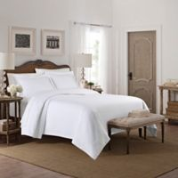 Camelia Patterned Full/Queen Coverlet in White