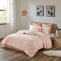 Urban Habitat Larisa Full/Queen Coverlet Set in Blush