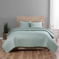 Vue Elements Regency Queen Coverlet Set in Seafoam