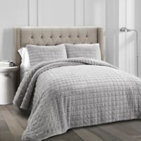 Lush Decor Neeley Faux Fur Full/Queen Quilt Set in Grey