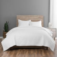 Vue Elements Pebble Comforter Set in White