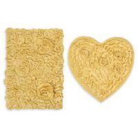 2-Piece Bellflower Heart Bath Rug Set in Butter