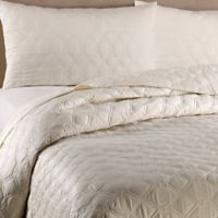 Frette At Home Orpheum Coverlet in Ivory
