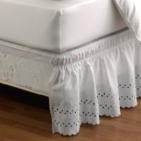 Ruffled Eyelet Queen/King Bed Skirt in White