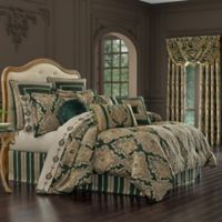 J. Queen New York™ Emerald Isle Queen Comforter Set in Green
