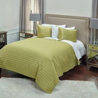 Rizzy Home Satinology King Quilt Set in Lime