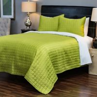 Rizzy Home Satinology Queen Quilt Set in Apple Green