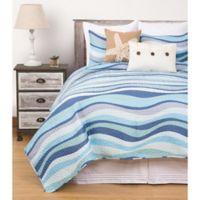 Seawaves Reversible Full/Queen Quilt Set in Blue/White