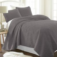 Damask Full/Queen Quilt Set in Grey