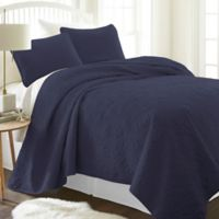 Damask Full/Queen Quilt Set in Navy