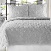Wavy S Ruffled Twin/Twin XL Quilt Set in Light Grey
