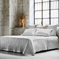 Frette At Home Vertical Queen Coverlet in White