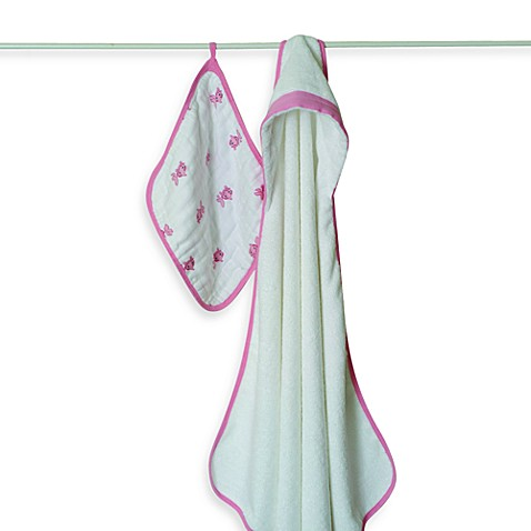 aden + anais® Hooded Towel & Washcloth Set in Bathing Beauty