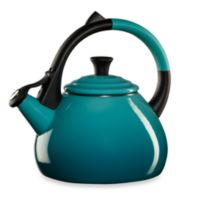 Le Creuset® Oolong Kettle in Caribbean