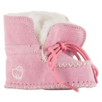 Lamo® Size 6-9M Sheepskin Baby Moc in Pink