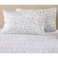 Great Bay Home Stratton Collection Snowflake Flannel California King Sheet Set in Snow