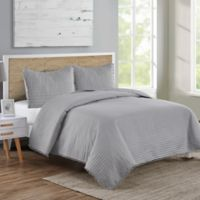 VCNY Home Pom Pom Full/Queen Quilt Set in Grey