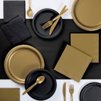 Classic Color Duo 221-Piece Party Supplies Kit in Black/Gold