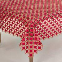 Saro Lifestyle Buche de Noel 67-Inch Square Tablecloth in Red