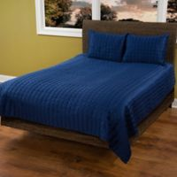 Rizzy Home Satinology Queen Quilt Set in Navy/Blue