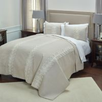 Rizzy Home Adela King Quilt in Ivory
