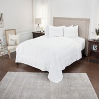 Rizzy Home Hattie King Quilt in Ivory