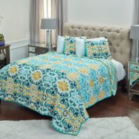 Rizzy Home Merriweather Queen Quilt in Aqua
