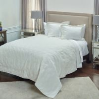 Rizzy Home Alana King Quilt in Ivory