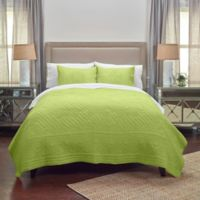 Rizzy Home Moroccan Fling Floral King Quilt in Lime Green