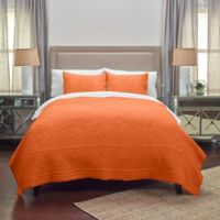 Rizzy Home Moroccan Fling Floral Queen Quilt in Orange